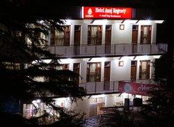 OYO 4205 Hotel Anuj Regency