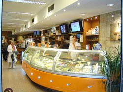 La Veneziana Heladeria Cafe Yogurteria