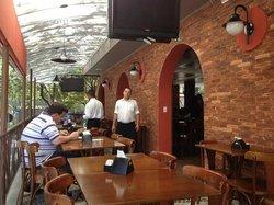 No Arco da Lapa Restaurante e Choperia