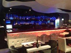 Domo Restaurant & Lounge Bar