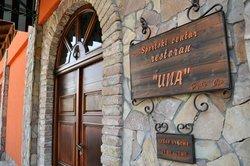 Restaurant Una