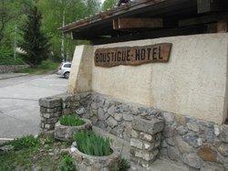 Boustigue Hotel-Restaurant