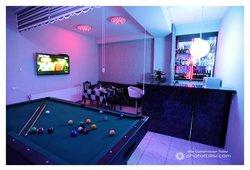 Lounge Bar & Pool Table