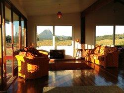Noosa Avalon Farm Cottages