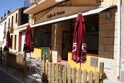Cafes & Pizza