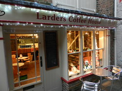 ‪Larders Coffee House‬