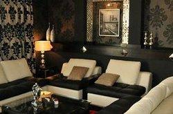 Chateau Cafe & Restaurant
