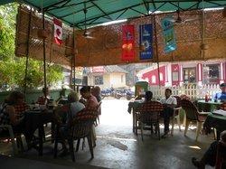 Dinha's Restaurant