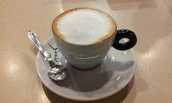 Ellen Cafe E Doceria