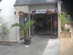 Aegean Restaurant & Pizzeria