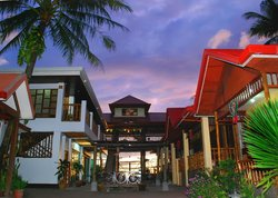 Villa Paulina Beach Resort & Spa