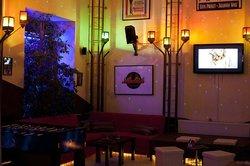 Madrid Cafe & Bar