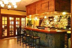 Rini's Restaurant and Wine Bar