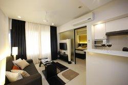 AR Suites Fontana Bay