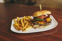Cafe 53 - Burgers & Beers