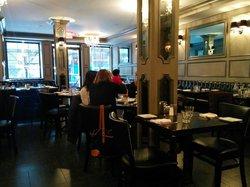 121 Fulton Street Restaurant