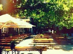 Golgatha  Biergarten im Viktoriapark