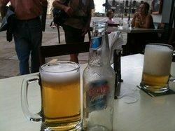 drinking Victoria at el sesteo
