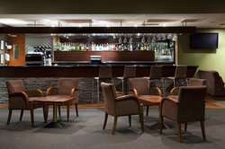 Relax in the lobby bar, for a coffee, alcoholic beverage, the perfect place to meet.