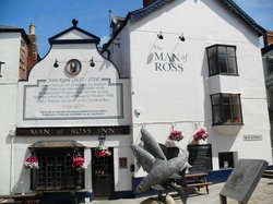 Man of Ross Inn