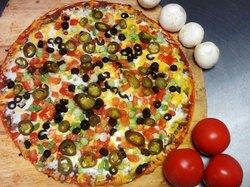 De Carlucci's Pizzeria & Mexican Grill
