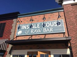 Fin's Ale House & Raw Bar