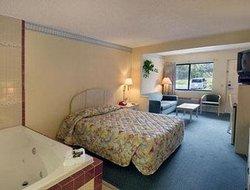 Travelodge Suites East Gate Orange
