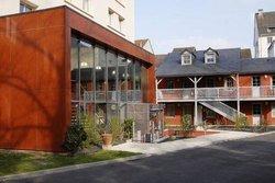 Zenitude Hotel-Residences Les Jardins de Lourdes