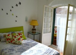 Ljmonade Hostel & Suites