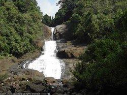 Bopath Ella (Bopath Falls)