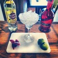 Cafe Arnou Cocktail & Wine Bar