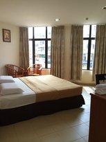 I-Winton Hotel