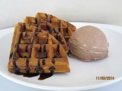 320 Below Nitro Cream Cafe