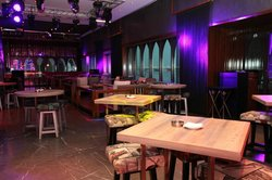 Eight Restaurant & Bar