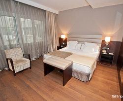 The Double Room 102 at the Catalonia Rigoletto Hotel