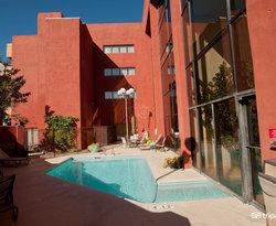 Pool at the DoubleTree by Hilton Santa Fe