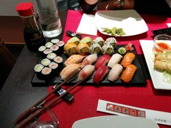 Maneki Neko Sushi Bar