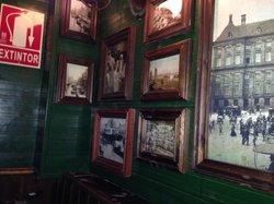 Bar Amsterdam, IT'S Taverna Amsterdam