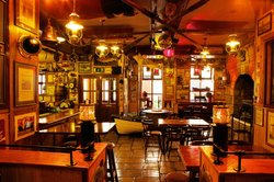 Harrys Bar & Gastro Pub
