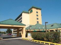 La Quinta Inn & Suites Virginia Beach