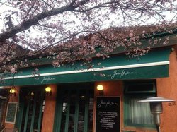Josephina Bistro e Cafe