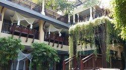 ブラサリ パトン ホテル