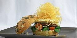 Tasta'mm Gourmet Burger & Gin