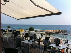 Marea Restaurant & Lounge Bar