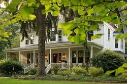 White Oak Inn Bed and Breakfast