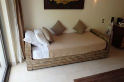 hacienda jr. suite (day bed)