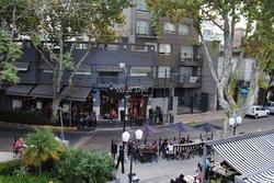 Confiteria & Restaurant La Vicente Lopez