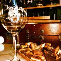 Tesoaria Tasting Room