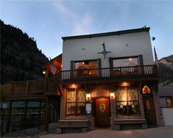 Coachlight Restaurant & Tavern