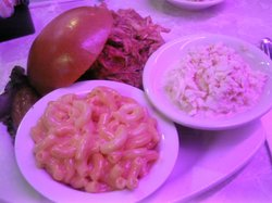Pulled chicken with sides
